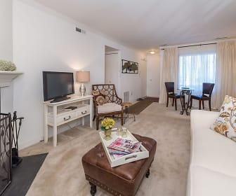 Manassas Meadows Apartments, Remington, VA
