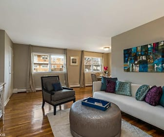 Living Room, Metropark Station Apartments