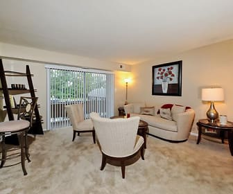 Living Room, Cedar Gardens & Towers Apartments & Townhomes