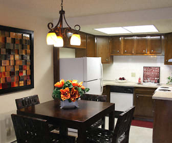 Dining Area, Peppertree Village