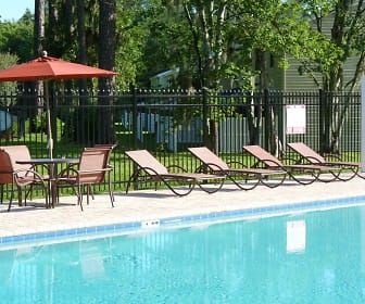 Pool, Saddle Brook Landings