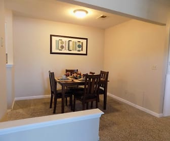 Dining Room, The Landings at Edgewater