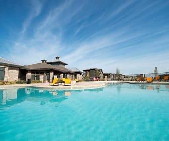 Pool, FiftyOne at Tradan Heights