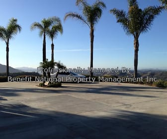 904 Canyon Heights Rd, Murrieta, CA