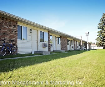 527 22nd Avenue NW, North Hill, Minot, ND