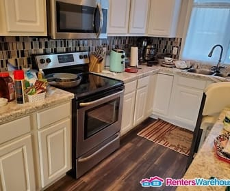Kitchen, 2159 Rolling Green Ln