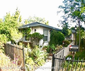 810 Chestnut St, Mariposa, Glendale, CA