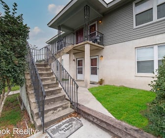 33 Dogwood Avenue Apartment 2, Gumbranch, GA