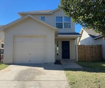 10608 Many Oaks Dr., Rendon, TX