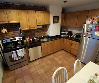 Kitchen, 11 Colliston Rd Apt 3