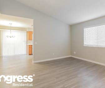 Living Room, 7332 Backstretch Ave