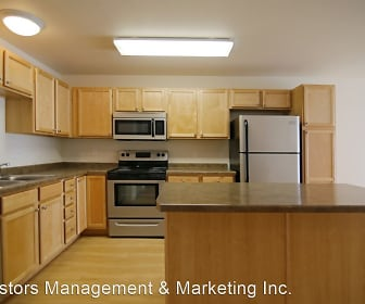 Collins Place Apartments, Mandan, ND