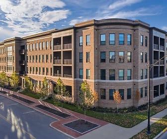 Apartments at the Yard: Kipton, Grandview Heights, OH