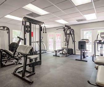 Fitness Weight Room, Ashwood Ridge Apartments