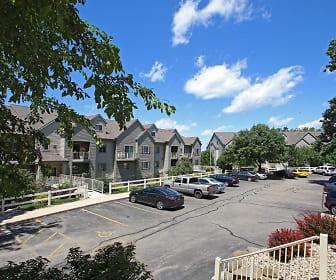 Autumnwood, Ridgewood, Madison, WI