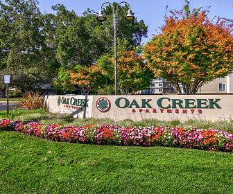 Community Signage, Oak Creek Apartments