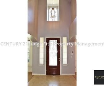 Foyer, 527 Winding Forest Drive