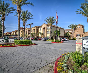Building, Emerald Isle Senior Living +55