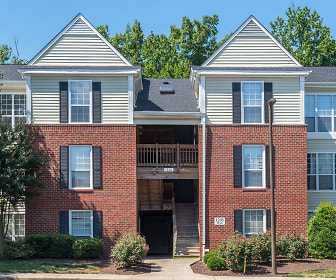 Townsend Square Apartments, Fredericksburg, VA