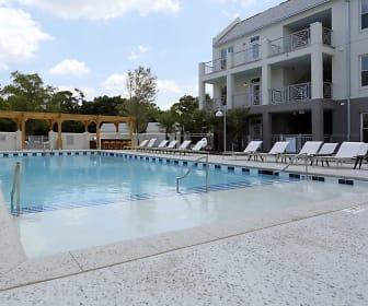 Pool, Link Apartments Mixson