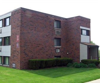 Maple Ridge Apartments, Creighton, PA