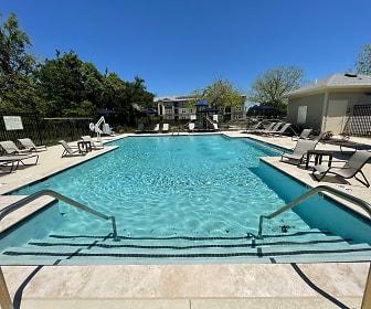 Brook Pointe Apartments, 70501, LA