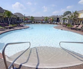 Pool, The Orleans at Walnut Grove