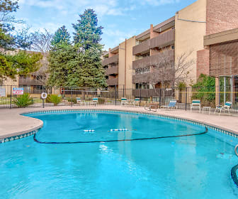 Villa Apartments, 87108, NM