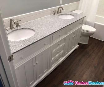 Bathroom, 6264 40th St N