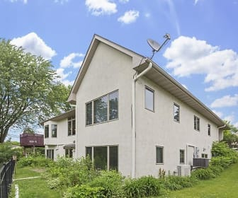 35 Orchid Ln N, Plymouth, MN