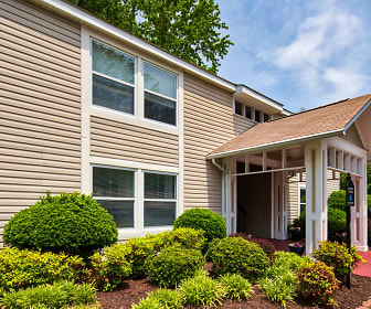Building, Woodmere Trace Apartment Homes