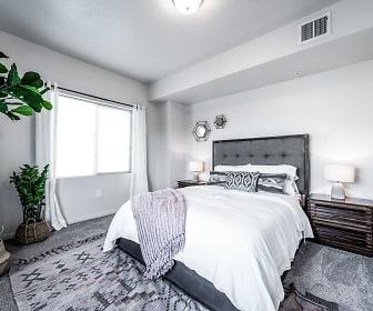 Easton Village Apartments, Frank Church High (Altern), Boise, ID