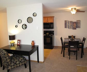 Dining Room, Courtyard Apartments