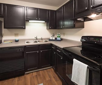 Kitchen, The Woods of Burnsville Apartments