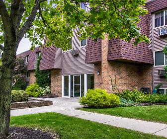 Kent Village Apartments, Kent State University, OH