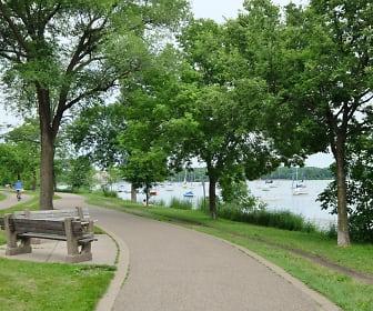 Lake Harriet, Kleinman Linden Hills