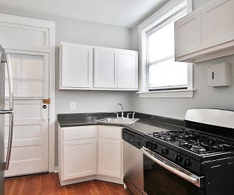 Kitchen, 902-910 N. Austin Boulevard