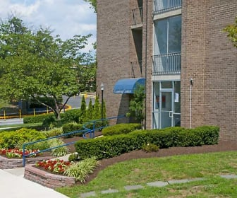 Landscaping, Carriage Hill