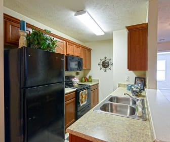 Kitchen, Rim Creek Apartments