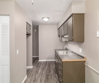 Westridge Apartments And Townhomes, West Side Montessori Center, Toledo, OH