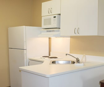 Furnished Studio - Orange County - Lake Forest, Lake Forest, CA