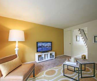Dutch Village Townhomes & Apartments, Parkville, MD