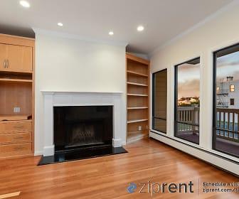 Living Room, 625 Carolina St