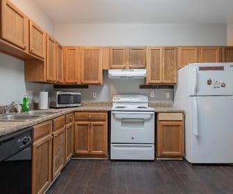 Room for Rent -  a 5 minute walk to bus 58, West Highlands, Atlanta, GA