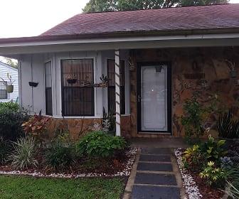 35106 Whispering Oaks Blvd, Dade City, FL