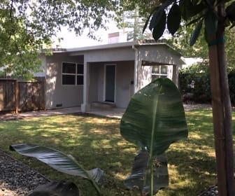 410 1/2 Encinal Ave, Roseville, CA
