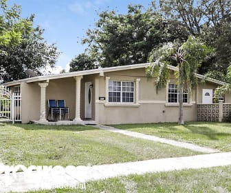 840 NW 202nd St, 33169, FL