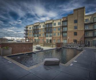 Building, 2700 Capitol Park: The Lofts
