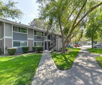 Pinecrest, Davis, CA