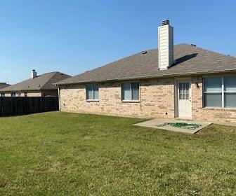 450 Chisholm Trail, Justin, TX